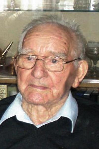 Josef Michael Fink Geboren am 21.08.1913 / 102 Jahre Gedenkkerze (0) · Kondolenzbuch (0) - predota_bestattung_schluesseldienst_mourning_70_1